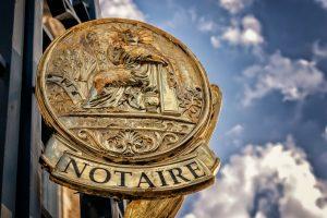 Oud-notaris handelt in tien gevallen in strijd met wettelijke plicht