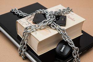 Advocaat krijgt waarschuwing na het schenden van zijn geheimhoudingsplicht