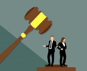 Advocaat krijgt berisping vanwege staken werkzaamheden